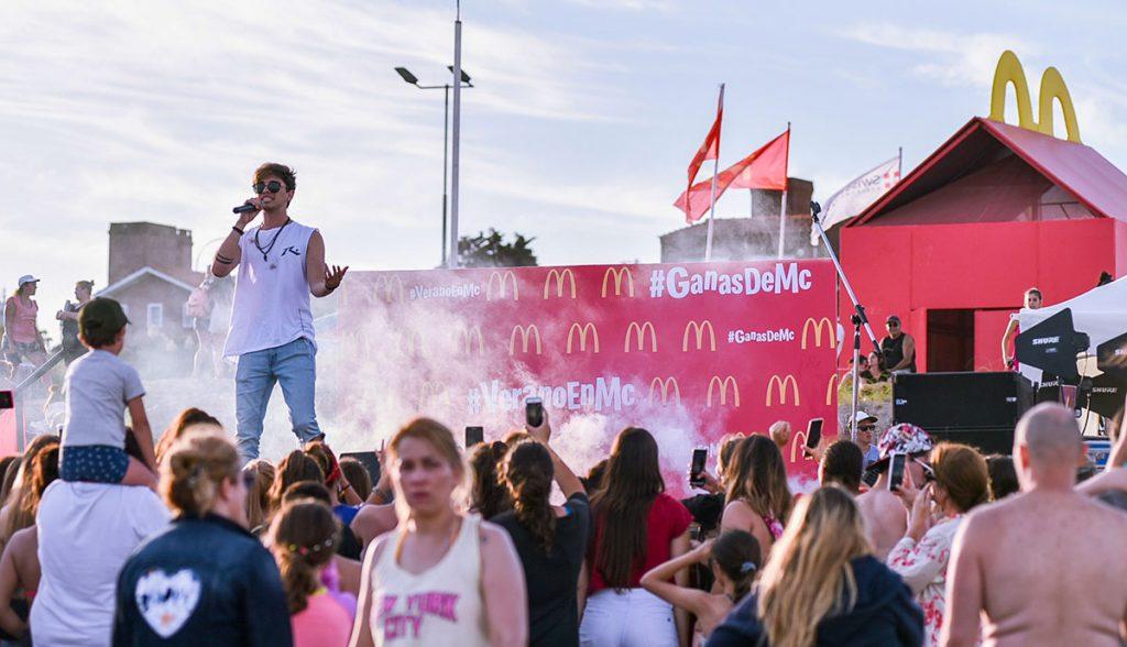 Verano en MC GanasdeMusica Pinamar 04.01.2020 KB 94 1 1024x588 - Another year creating and coordinating actions for McDonald's Summer.